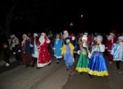 В Григориополе состоялось открытие главной ёлки города и парад Дедов Морозов